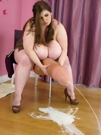 BBW futanari PROSTITUTE CUMS ON THE FLOOR ALONE